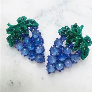 Juicy Delicious Grapes Earring, NWT